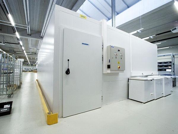Vendita-Deposito-frigo-refrigerazione-industriale